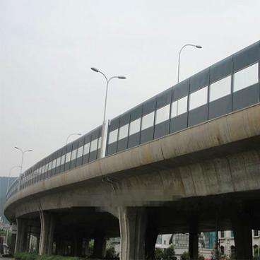 西藏讲述桥梁声屏障材质的选择方法