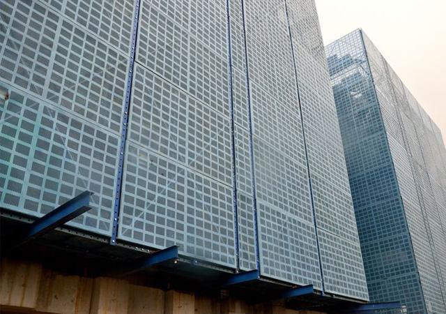 钢板网爬架